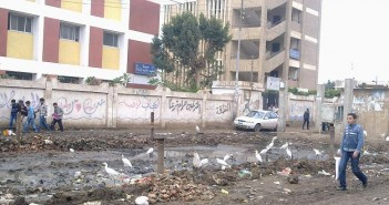 مدرسة شطانوف الثانوية 2تحاصرها القمامة من كل جانب 11