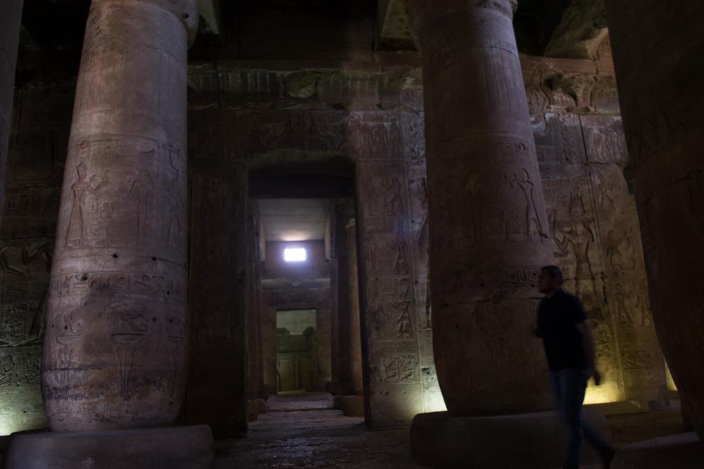 معبد ابيدوس بمحافظة سوهاج أحد أهم وأكبر المعابد لعبادة الإله أوزوريس اثر فرعونى لا يعرف السوهاجية عنه شىء