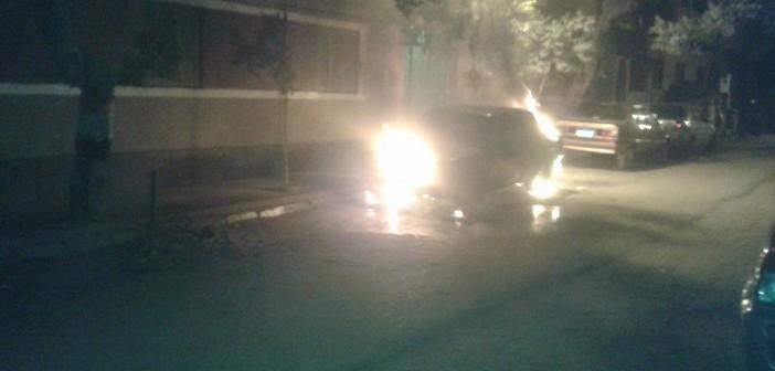مجهولون يشعلون النار في سيارة ضابط شرطة بحدائق حلوان