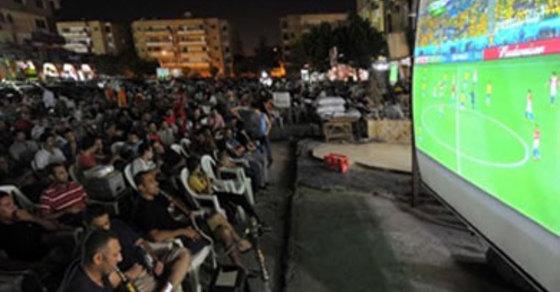 أزمة إشغالات المقاهي والأكشاك في القاهرة إلى أين؟!
