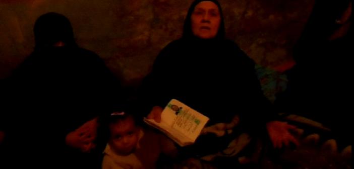 والدة مفقود بحادث مركب البحر الأحمر: «الموت أمر الله بس أنا عاوزة أشوفه» (فيديو)
