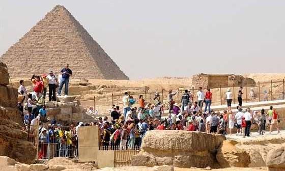 السياحة وعدم قدرة المصريين على قضاء أجازاتهم