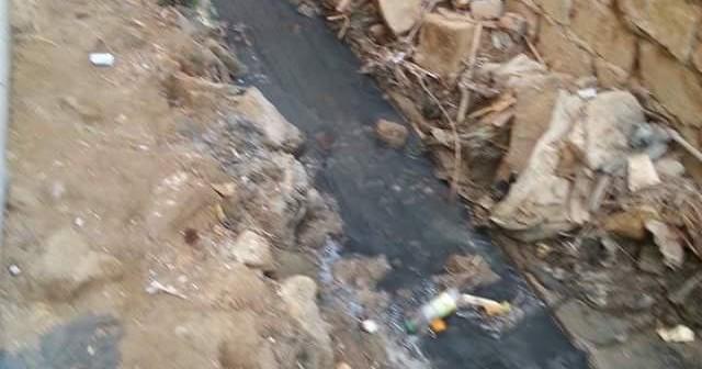 منازل قرية الشاهد بالفيوم تواجه خطر الانهيار بسبب المياه الجوفية