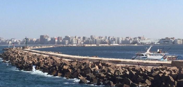 صيادو الإسكندرية وسحر وجمال بحري (صورتين)