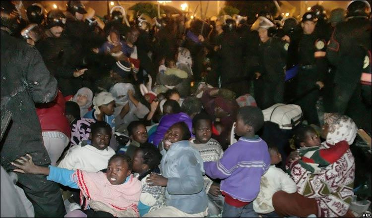 لاجئين سودانيين