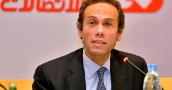 المصرية للاتصالات، محمد النواوى، رئيس الشركة المصرية للاتصالات، شكوى،