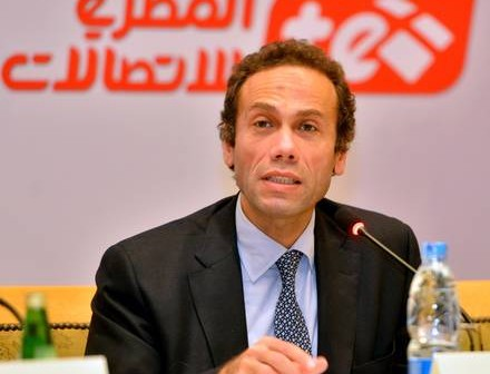 لرئيس المصرية للاتصالات: أدفع فواتير المكالمات رغم غياب الحرارة منذ 5 أشهر