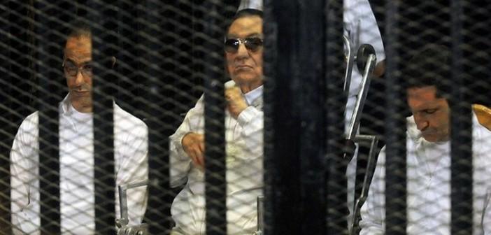 فيديو.. اعتراض طالب على براءة مبارك يتسبب في إقالة مدير مدرسة: «من قتل الشهداء»