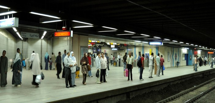 حكايات في المترو «6»: زوج مقهور و«مجنون» أيضًا