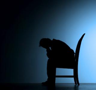الفيوم.. قصة مُلحد يصلي الفروض الخمسة في المسجد