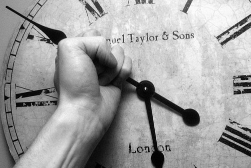 كاريمان رشاد تكتب: الزمن المفقود (قصة قصيرة)
