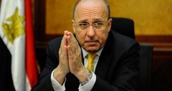 عادل العدوى وزير الصحة