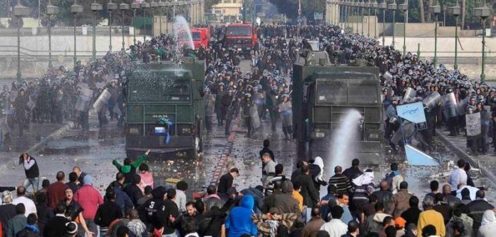 في ذكرى جمعة الغضب.. شاهد على الأمل (18 يوم ثورة)