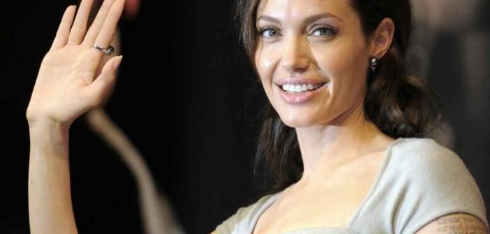 أنجلينا جولي VS الفنانين العرب (رأي)