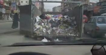 القمامة على الطرق في الإسكندرية