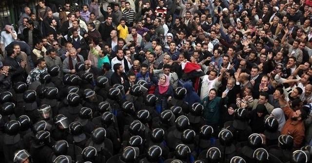 شهادات 25 يناير.. الطريق إلى الميدان ـ معسكر السلام (2)