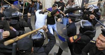 25 يناير 2011 .. قرب نقابة الصحفيين