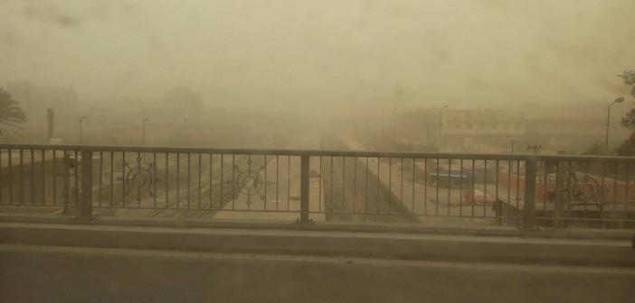 بالصور.. العواصف «تردم» الإسكندرية بالتراب والرمال
