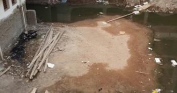 غرق مستشفى المبرة بأسيوط في مياه الصرف الصحي