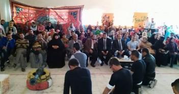 «شباب الفيروز» يكرم «أم أوشة» كأم مثالية لشمال سيناء بحضور المحافظ