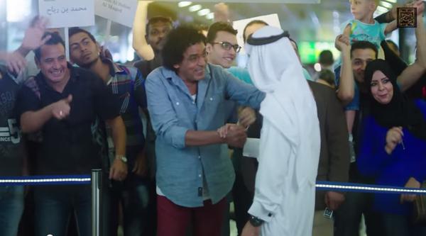 مصر قريبة «بس مش مستعدة».. تجربة زيارة لبرج القاهرة وجولة في شوارعها
