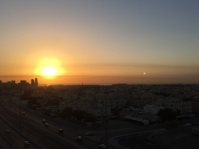 مشهد الشروق في الكويت