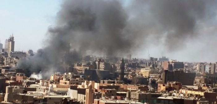 بالصور.. حريق الغورية.. وسحب الدخان تغطي سماء القاهرة