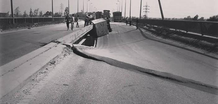 بالصور.. القصة الكاملة لواقعة انهيار كوبري طريق جمصة ـ المنصورة الدولي
