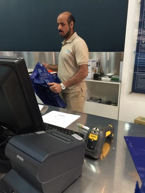 عامل مصري أثناء عمله (تصوير ديدي القاضي)