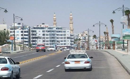مطالب بإصلاح وصيانة طريق المدخل الشرقي لمطروح