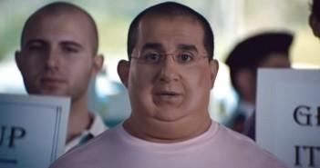 أحمد حلمي في فيلم إكس لارج