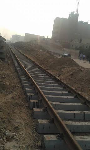 النزهة2 وتقسيم أبو رجيلة  تحت حصار الصرف وغلق مزلقان المنطقة