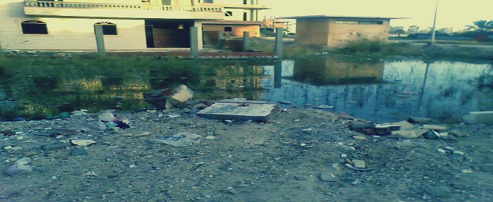 بالصور.. تأخر تسليم مشروعات الصرف والكهرباء والمياه يحول جمصة لـ«مدينة بائسة» (📷)