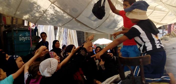 📷 «سوق الأحد» في شبرا.. رحلة الباحثين عن انتصارات صغيرة (صور)