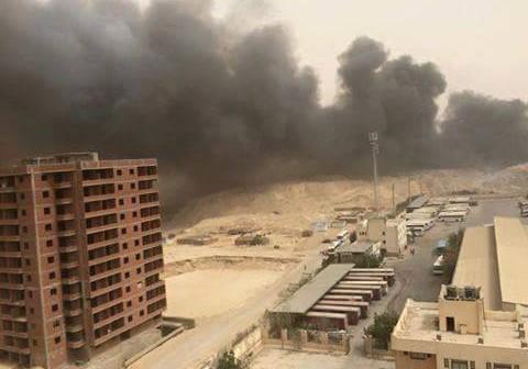 📷 بالصور.. دخان حرق القمامة يغطي سماء حي الواحة بمدينة نصر