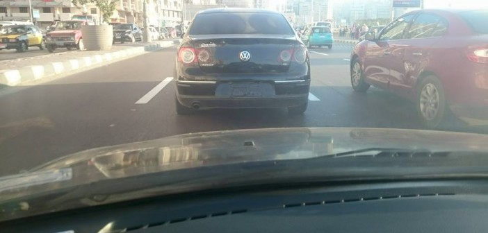 🔴 دون أرقام.. صاحب السيارة من يكون؟ 📷