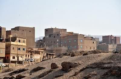 «عرابة أبيدوس».. قرية سياحية بسوهاج دون وحدة صحية مُجهزة للأهالي 📷