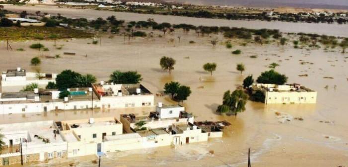 السيول تغرق عمان