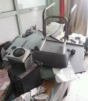 تدمير غرفة طوابع التأمين الصحي بأسيوط