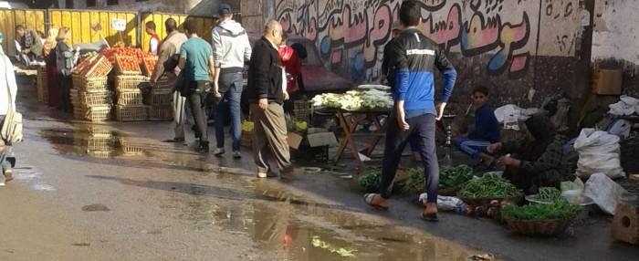 📷| شبرا الخيمة.. شارع قسم أول يتحول إلى سوق عشوائي
