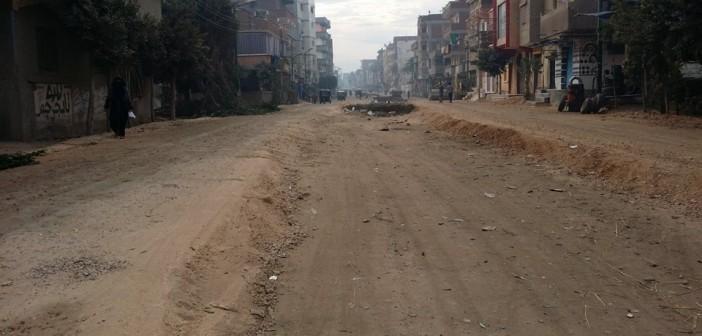 رغم تغيير محافظين للغربية.. لم يكتمل رصف شارع رئيسي في بسيون 📷