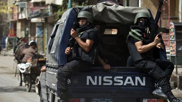 استشهاد أمين شرطة وإصابة آخر في مطاردة مع ملثمين بحلوان