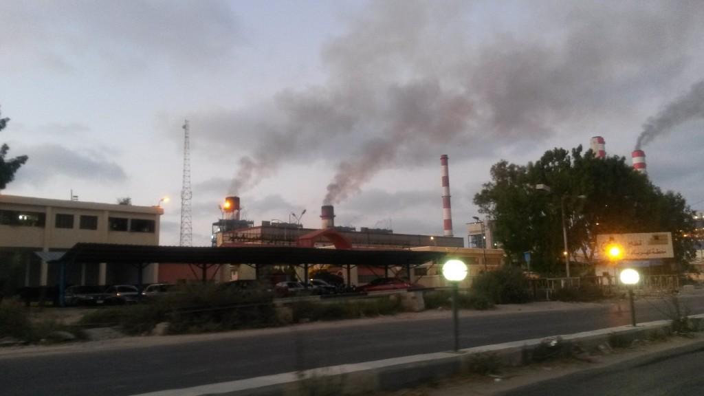 الانبعاثات  من شركة كهرباء  أبوقير2