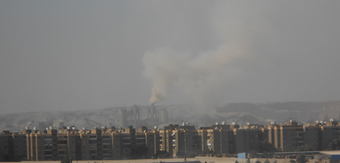 تلوث مصانع الأسمنت يذبح صدور المواطنين بالحساسية (صور)