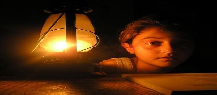 غضب أهالي «أبو الريش» في أسوان لانقطاع الكهرباء عن القرية يوميًا