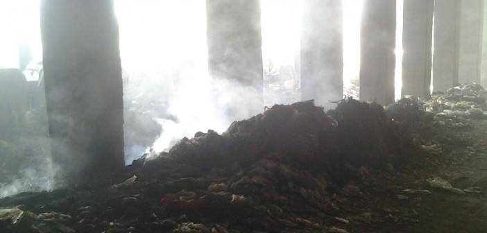 بالصور.. مواطنون يشكون غياب جامعي القمامة.. وتراكمها وحرقها قرب «الدائري» 📷