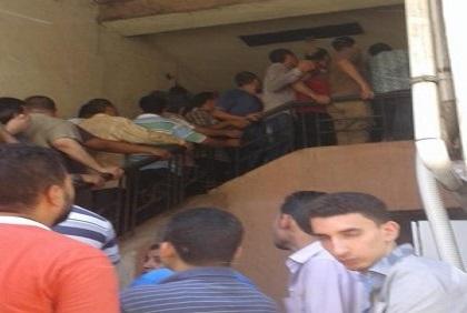 بالصور.. طوابير السجل المدني بشبرا تمتد للشارع.. وغضب المواطنين 📷