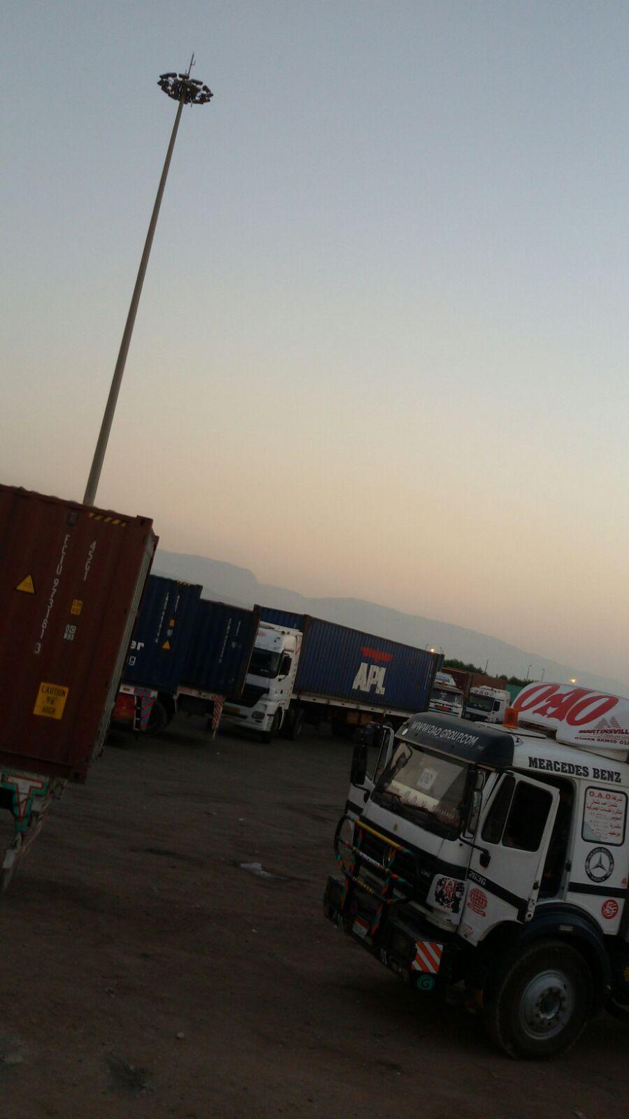 غضب سائقي النقل الثقيل في ميناء «العين السخنة» بعد دهس زميل لهم ومصرعه