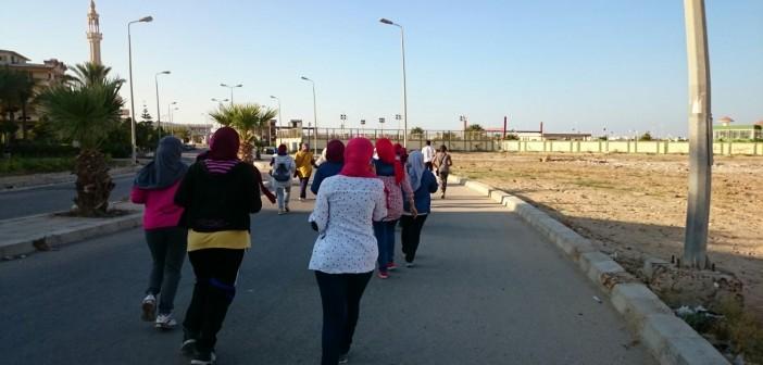 بالصور.. «ورد مصر» تشاركن في أول ماراثون للجري بدمياط