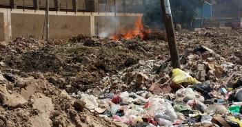 تراكم القمامة والمخلفات بطريق مشتول القاضي بالزقازيق